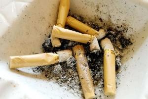 抽烟的人要学会自测肺的好坏教你小办法不必总往医院跑
