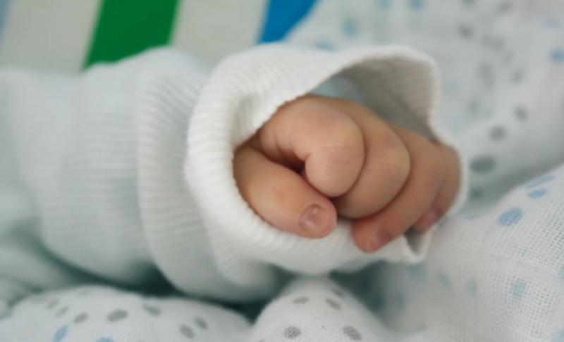 宝宝突然不吃母乳的原因如何处理宝宝突然不吃母乳