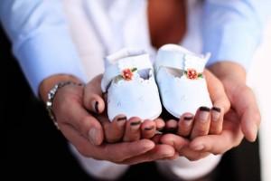 五个月宝宝穿多大鞋子如何为宝宝挑选鞋子呢