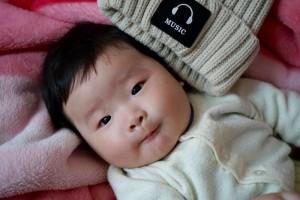宝宝几个月扶腋下会跳宝宝什么时候会走路