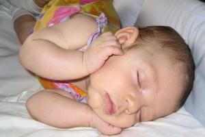 5个月宝宝的发育指标是什么5个月宝宝的早教方法有哪些